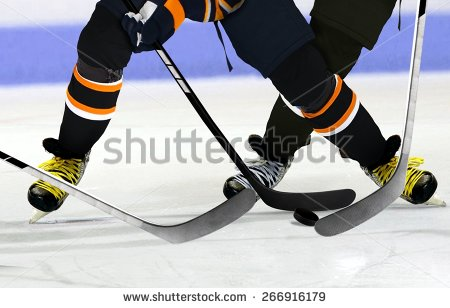 uploads/slider/20150915/stock-photo-ice-hockey-players-on-rink-266916179.jpg